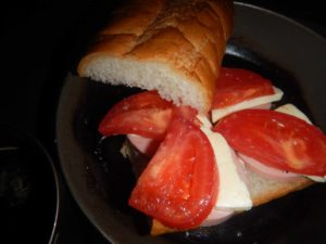 ハムチーズトマトサンド